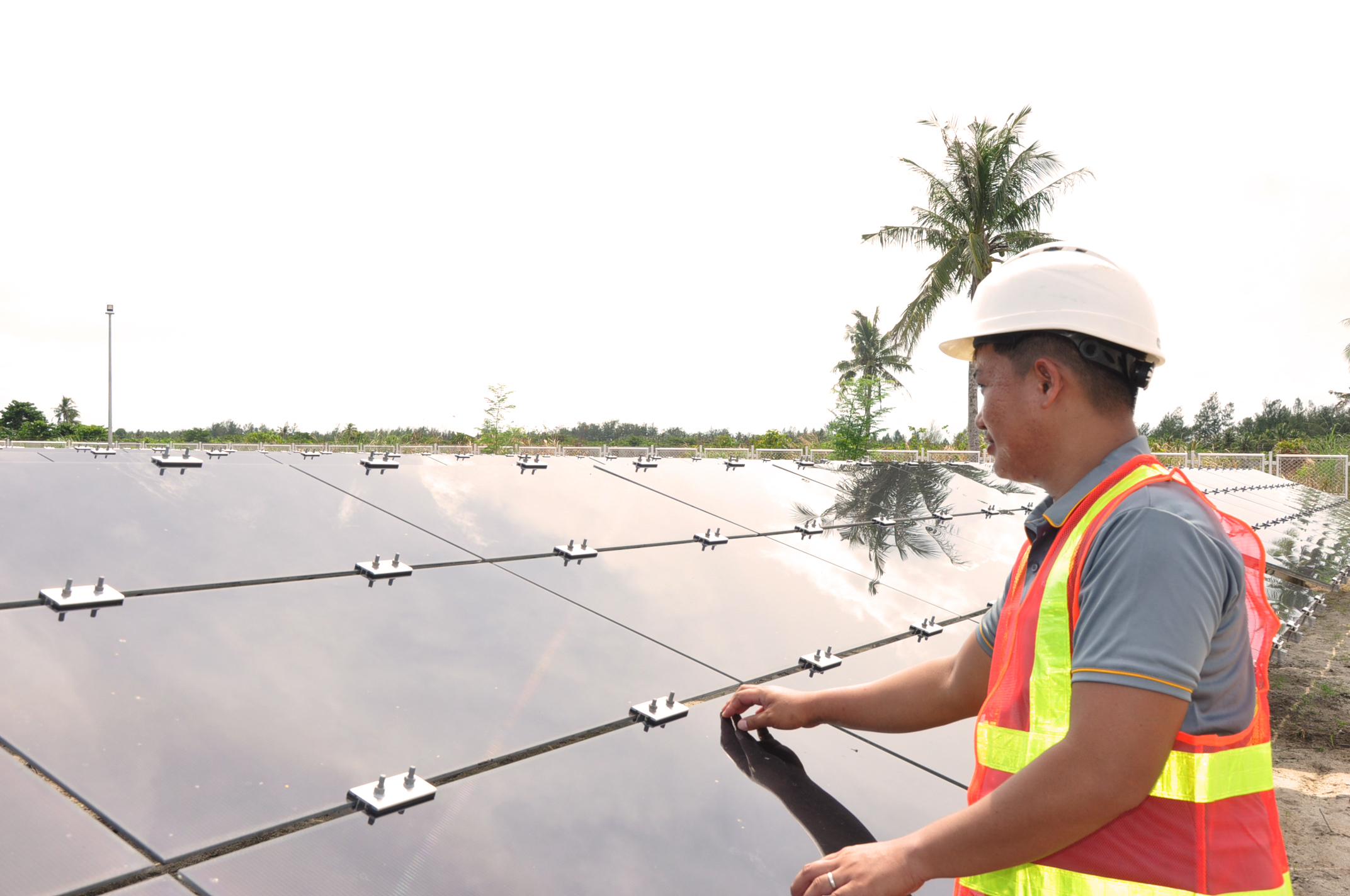 Meralco's Revitalized RE Push for Solar Microgrids
